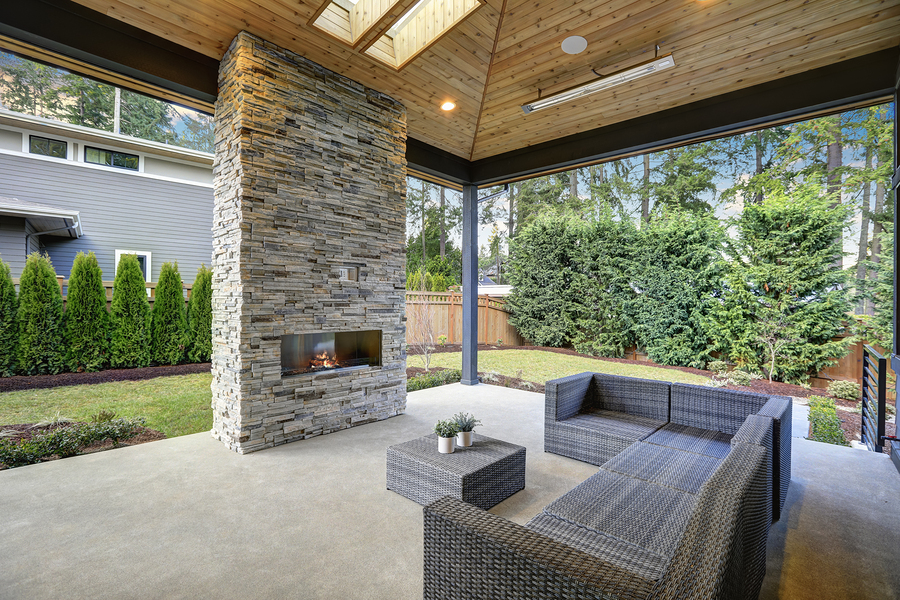 Outdoor Living Spaces UK | Contemporary Log Living on Living Patio id=42303