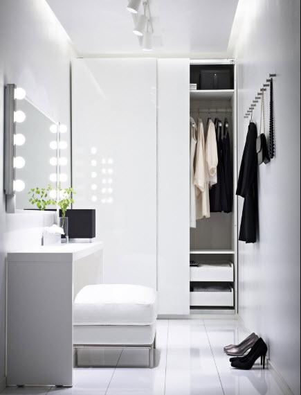 """Small Dressing Room Ideas"""