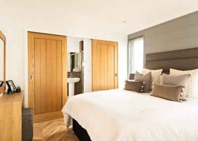 Dovecote Bed2