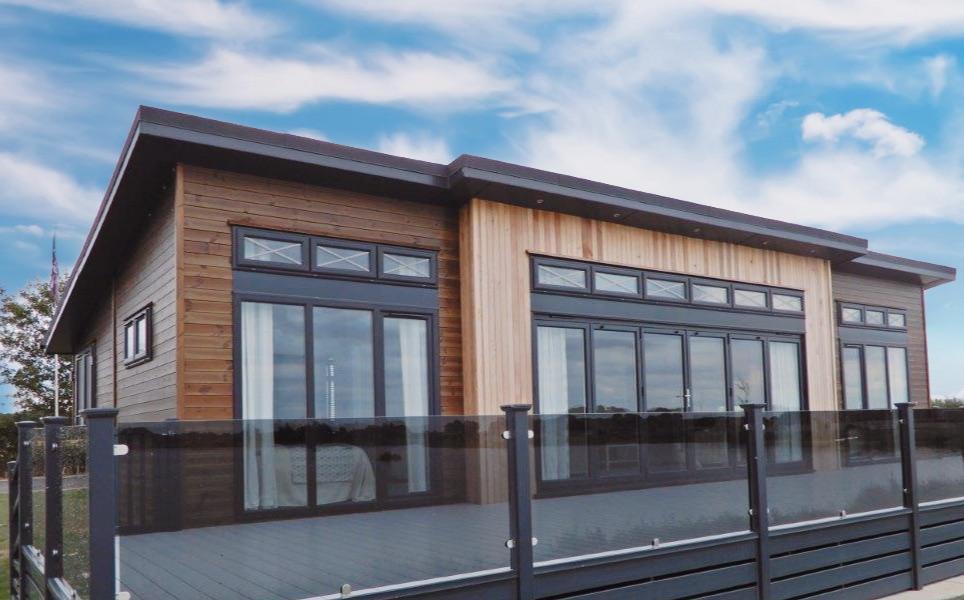 The Hampton - Luxury Garden Lodge