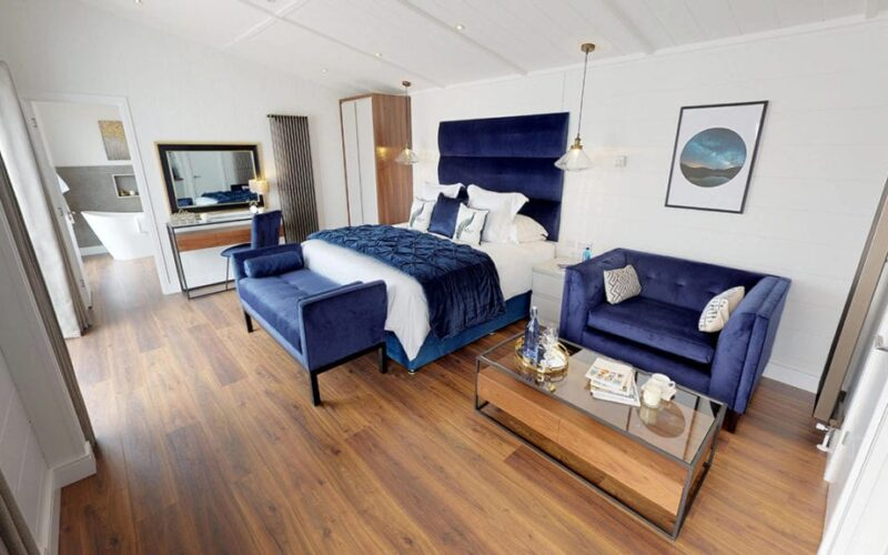Hotel-Suite-05022019_131504-1024x576