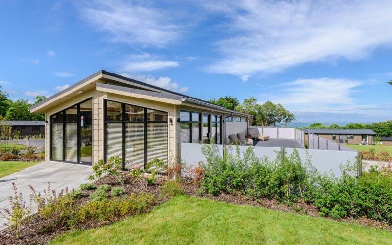 Prestige-Homeseeker-Spa-Lodge-7-1024x683